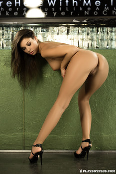 http://img152.imagetwist.com/th/09059/2i4cn6f62br0.jpg