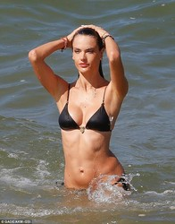 Beach Bikini Candids - Part 2